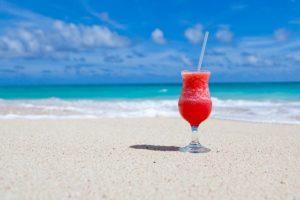 Beach Beverage Caribbean Cocktail  - PublicDomainPictures / Pixabay