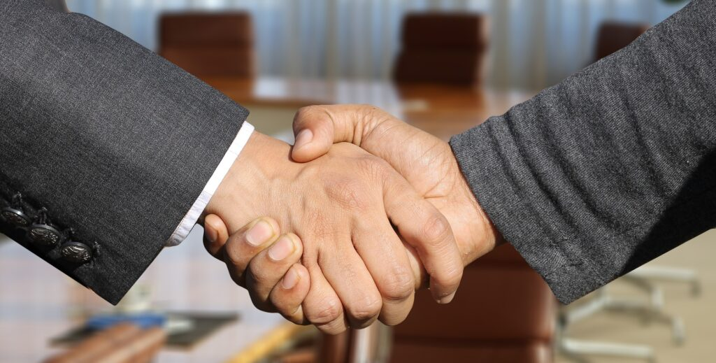 日本政策投資銀行より資金調達支援